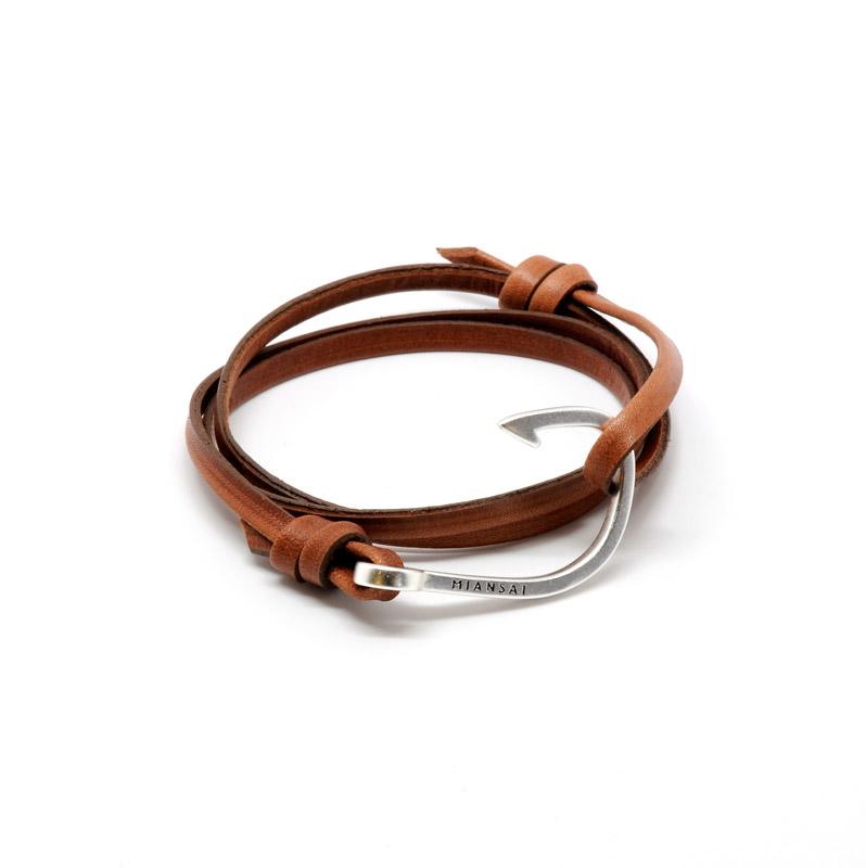 Minsai leather with silver hook bracelet.